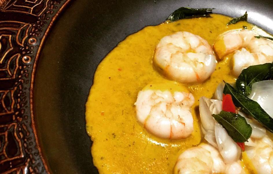 Ruyi and Lyn Restaurant shrimps soup