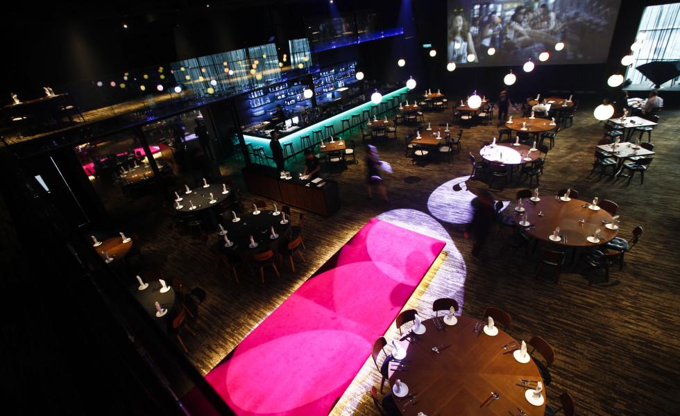 Ruyi and Lyn Restaurant dining hall